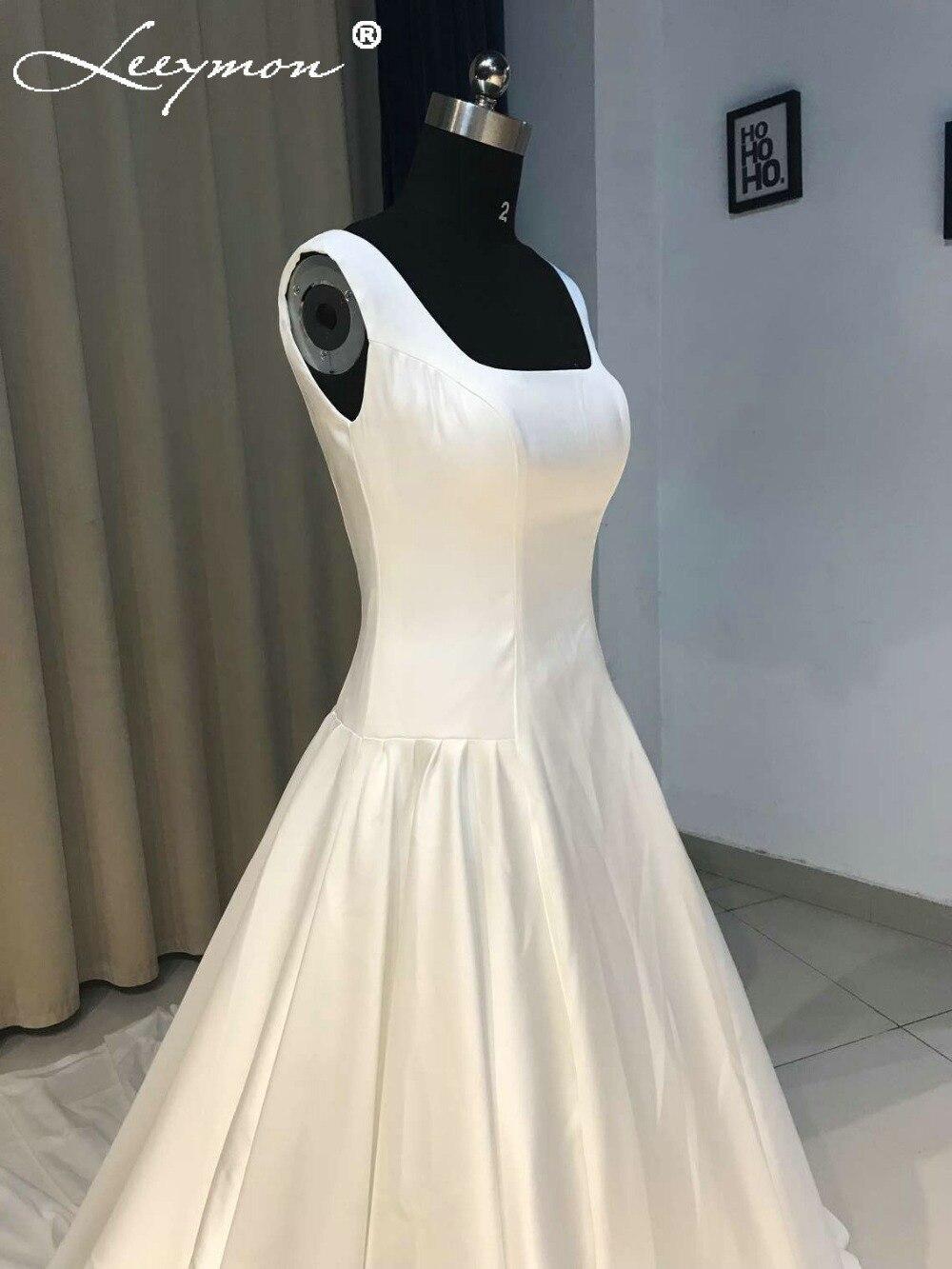 Erfreut Einfaches Satin Hochzeitskleid Galerie - Brautkleider Ideen ...