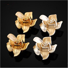 European retro Creative fashion flower furniture knobs antique gold / antique silver drawer tv table dresser knobs pulls handles