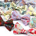 Moda flor do Caju Impresso Bowties Homens Estilo Do Vintage 100% Algodão laços para o Homem da festa de casamento gravata Do Noivo arco Fino gravatás