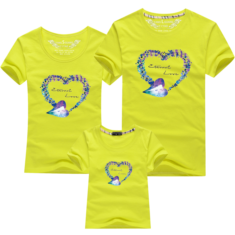 HTB1tK4OPFXXXXc8XXXXq6xXFXXXe - Mommy and Me Clothes Family Look Summer LOVE Ggarland Pattern Family T Shirt Father and Son Clothes Family Matching Outfits