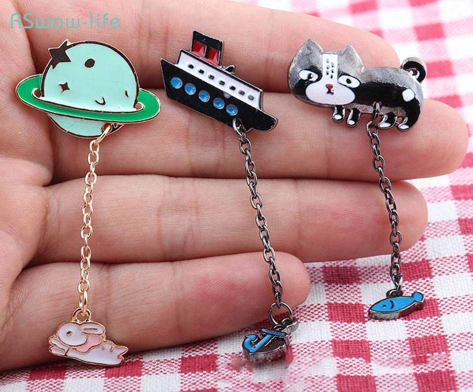 Cute Cartoon Alloy Metal Brooch Badge Cat Ship Planet Style Bag Clothing Accessories For Tourists Commemorate Or Give To Friends