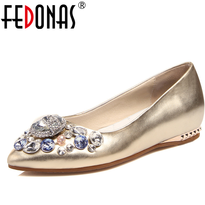 FEDONAS New Women Casual Flat Genuine Leather Shoes Woman Pointed Toe Ballet Flats Loafers Fashion Rhinestone Slip On Boats Shoe fashion pointed toe women shoes solid patent pu brand shoes women flats summer style ballet princess shoes for casual crystal
