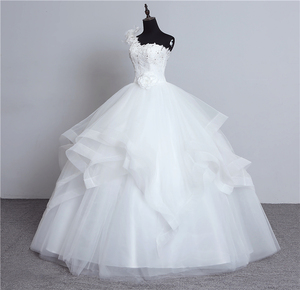 Image 4 - real photo Luxury Bead Fashion One Shoulder Wedding Dresses 2018 New Fashion Tiered Organza Sweet bride Princess Gown with Bow