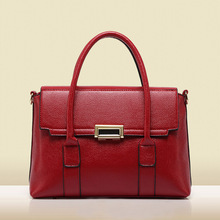 The new 2016 female bag in Europe and the trendy messenger bag professional lady handbag