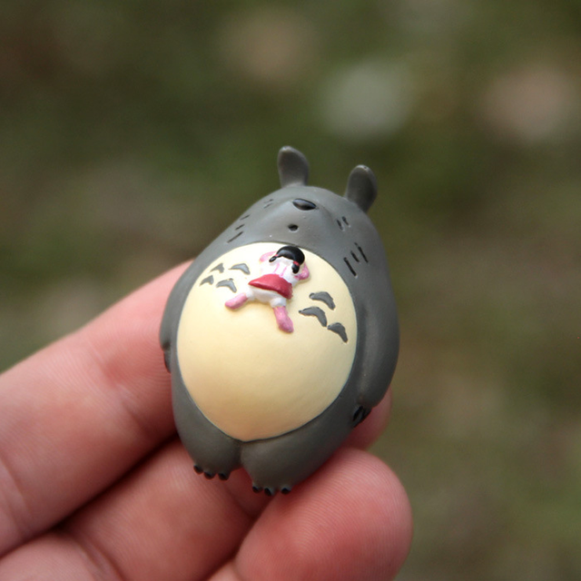 Resin Miyazaki Totoro Ornaments Figurines Animal Miniatures Living Room Bedroom Study Office Garden Decoration Crafts Gifts Home 2