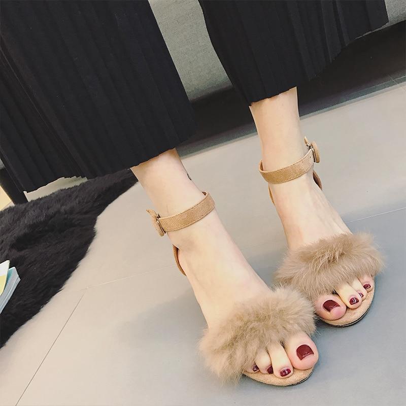 ФОТО 2017 Summer New Rabbit Fur Sandals Women Casual Thick Heel Shoes Open Toe Fur Sandals 2 Colors