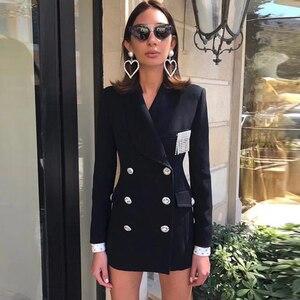Image 1 - גבוהה באיכות הכי חדש אופנה 2018 מעצב בלייזר נשים של טור כפתורים כפול קריסטל יהלומים כפתורים בלייזר מעיל