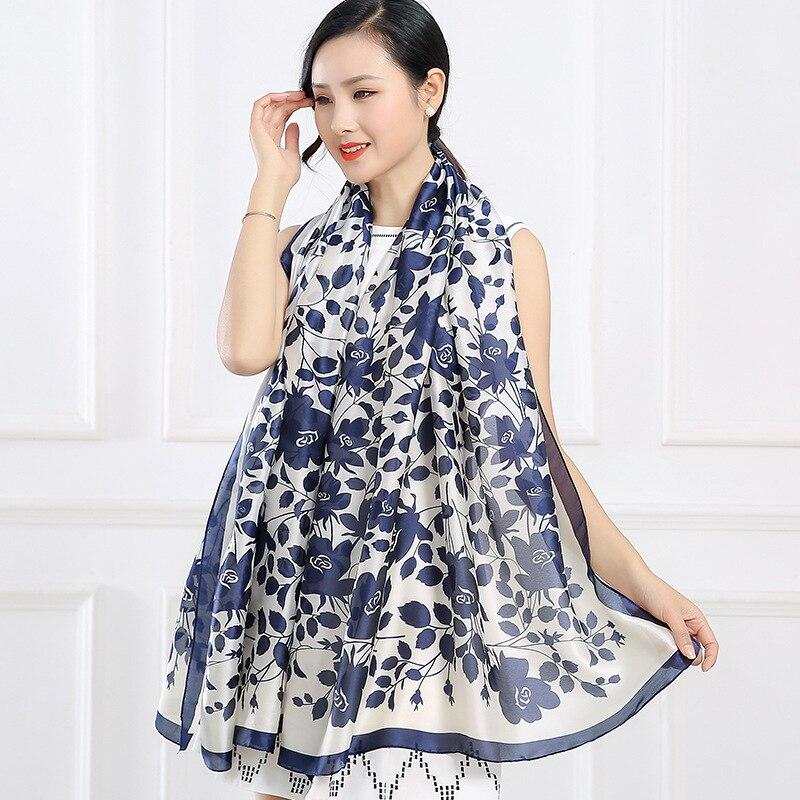 2018 summer new luxury brand women scarf fashion Leaves print silk scarves designer shawls and wraps long size bandana foulard