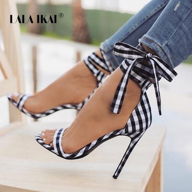 LALA IKAI/шотландский клетчатый высокий каблук; женские туфли с перекрестной шнуровкой на каблуке; вечерние туфли на шнуровке с бантом; 014C1880-4