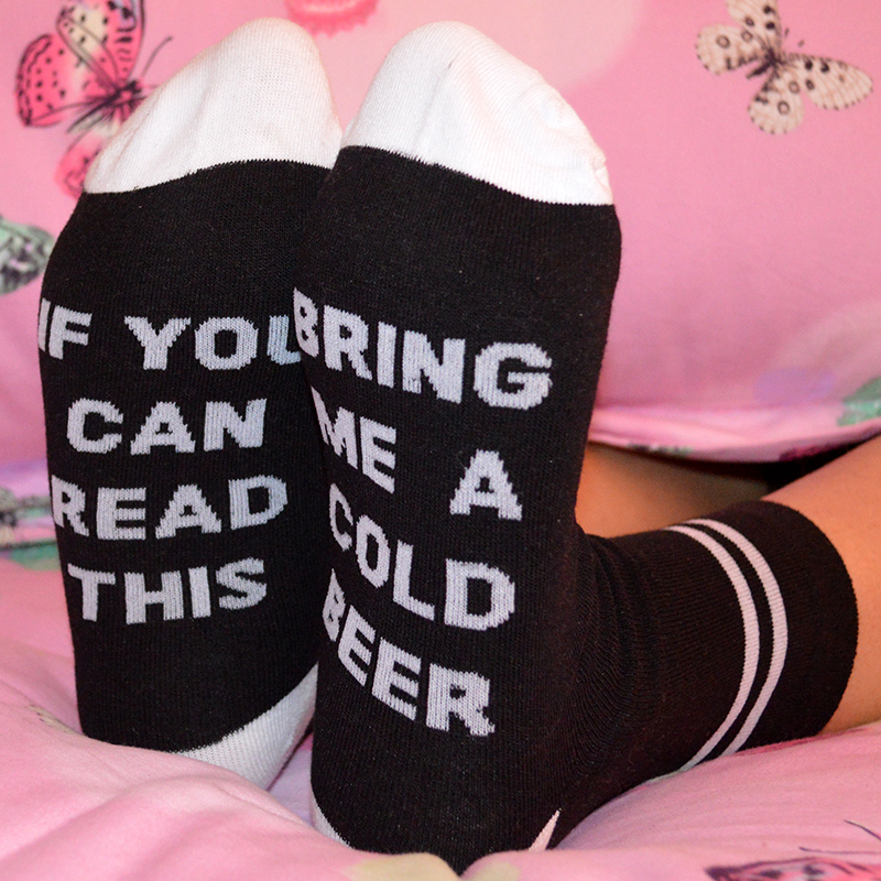 1 Pair Black White Fashion Cotton Women Short Funny Letter Socks IF YOU CAN READ THIS BRING ME A COLD BEER Casual Wine Socks