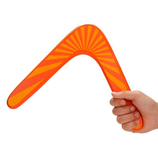 holz boomerang v form frisbee bumerang spielzeug kinder lustige spielzeug holz outdoor fun. Black Bedroom Furniture Sets. Home Design Ideas