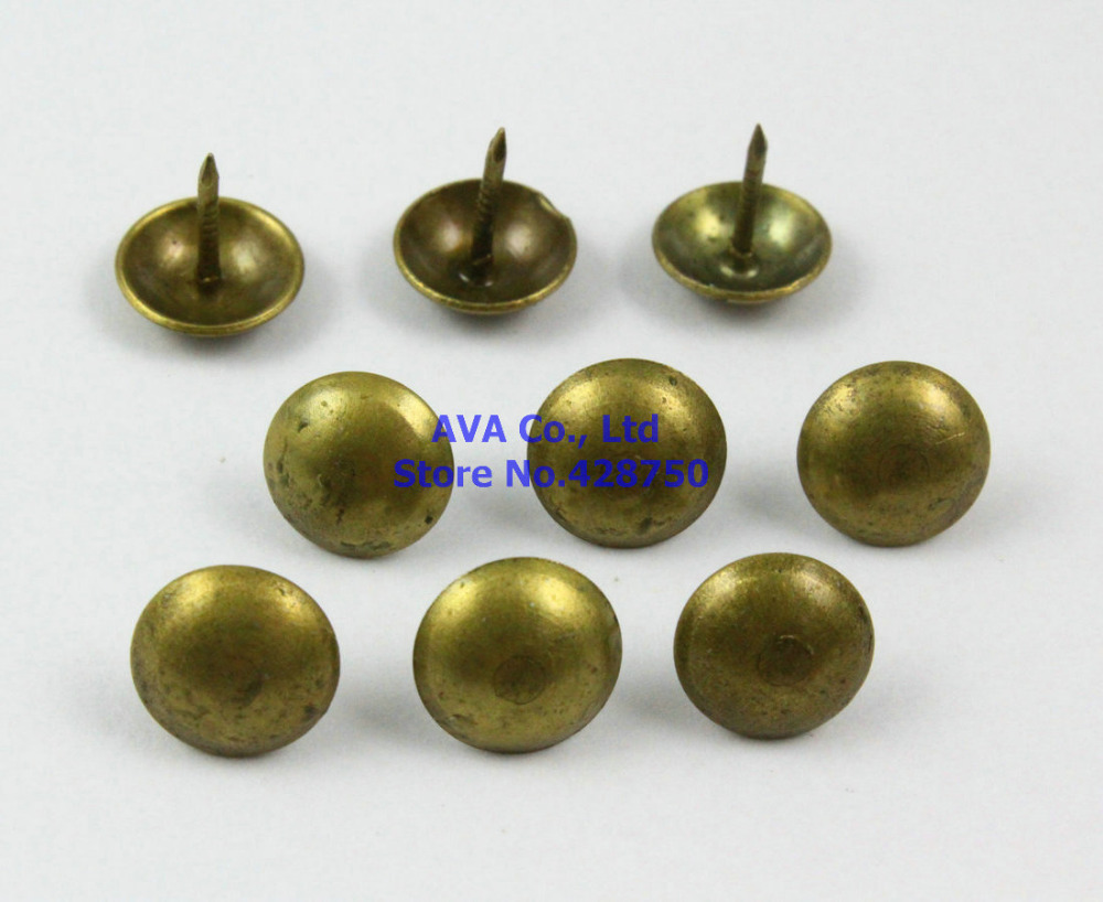Hot Sale 200 Pieces 11x11mm Antique Brass Upholstery Tacks Nails