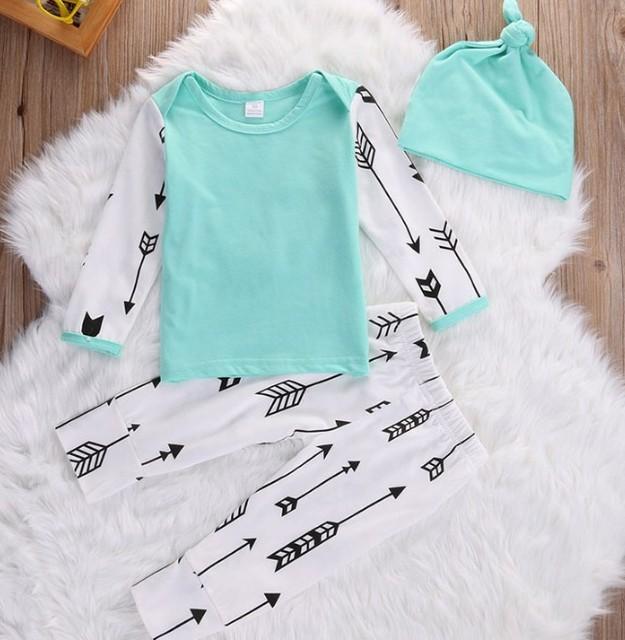 3 pcs Outfits Meninos Roupa Do Bebê Do Presente Do Natal Do Bebê Do Algodão T camisas Calças Chapéu Definir 2017 roupas de Primavera Do Bebê Meninas Outfits SY11278