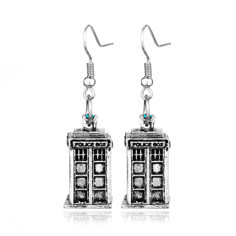 Movie Dr Who Series Ear Pendant Jewelry Phone Booth carving LetterPolice Box Doctor Who Logo Earrings