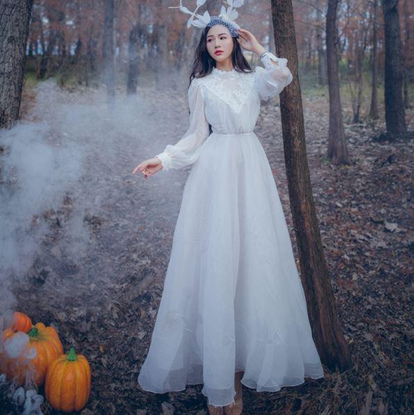 2018 Women White seashore vintage fairy Lace long maxi dress medieval dress Renaissance Gown princess Victorian