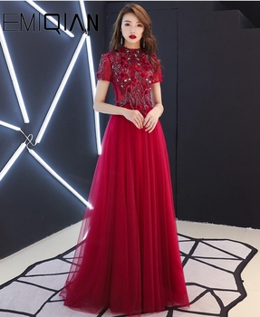 New Arrival Short Sleeves Long Evening Dress Prom Dresses 2019 Robe De Soiree Flowers Lace Vintage Sexy Party Dress Hot Sale