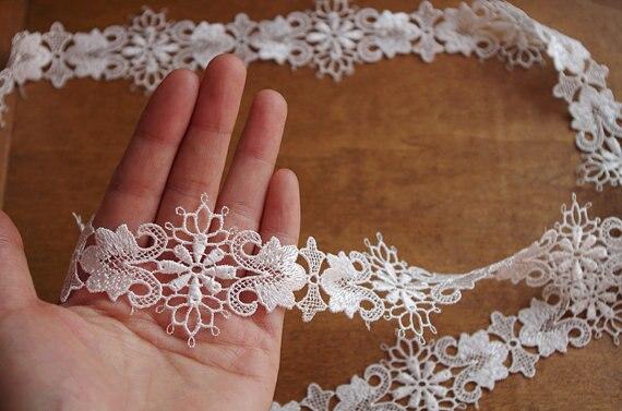 Venise Lace Trim Crochet Lace Trim With Delicate Floral Pattern In