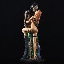 Творческий смолы Череп Призрак и Красота пикантные постоянного поцелуй статуя 2-корректор для домашний бар вечерние стол декоративный орнамент смешная игрушка в подарок