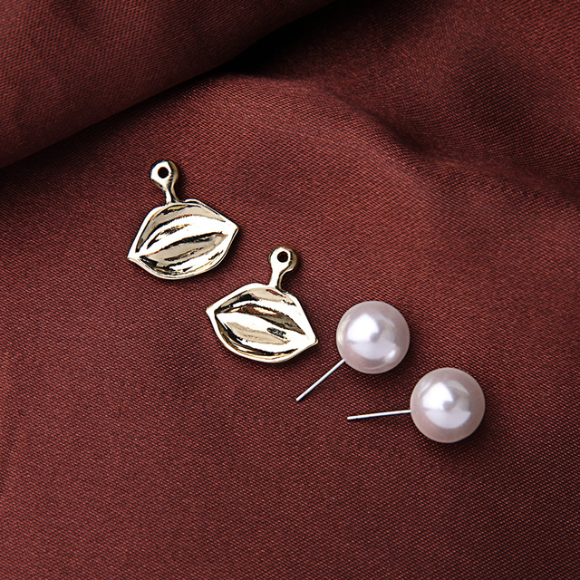 Kiss Me Brand Alloy Enamel Red Lip Simulated Pearl Earrings Summer All-Match Women Accessories Stud Earrings