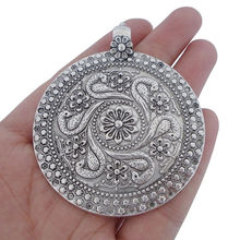 цены на 3 x Antique Silver Tone Large Round Medallion Charms Pendants Tribal Bohemian Boho for Necklace Jewelry Making Findings 68x60mm  в интернет-магазинах