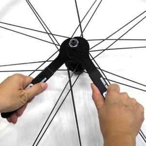 Spor ve Eğlence'ten Bisiklet Tamir Aletleri'de Süper B TB 8654 Hub koni anahtarı Tekerlek Hub Koni Anahtarı 19mm slayt kenar kolay hareket en anahtarları içine koni title=