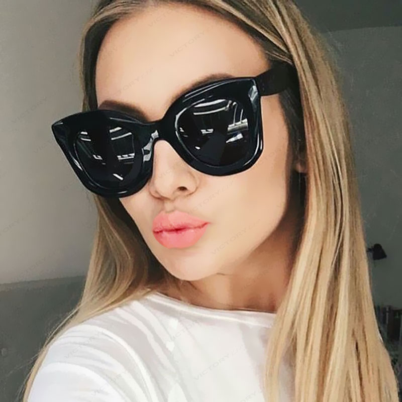 Coodaysuft Fashion Brand Designer Women Sun Glasses Lady transparent Kim Kardashian Sunglasses Cateye 2017 New Cat Eye Celebrity
