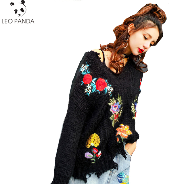 Women Vintage Flower Embroidery Sweaters Long O-neck Black Pullovers New Autumn Retro Irregular Loose Hole Sweaters Tops LCY461