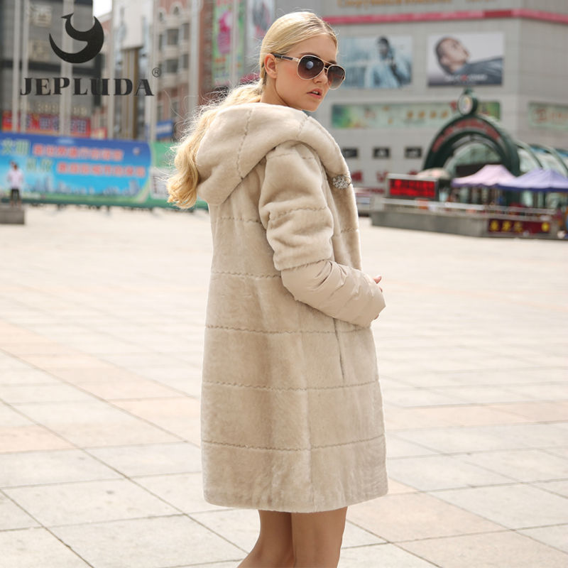 JEPLUDA New Natural Sheep Shearing Real Fur Coat Detachable Down Sleeves Diamond Buttons Winter Women's Real Fur Hooded Coat