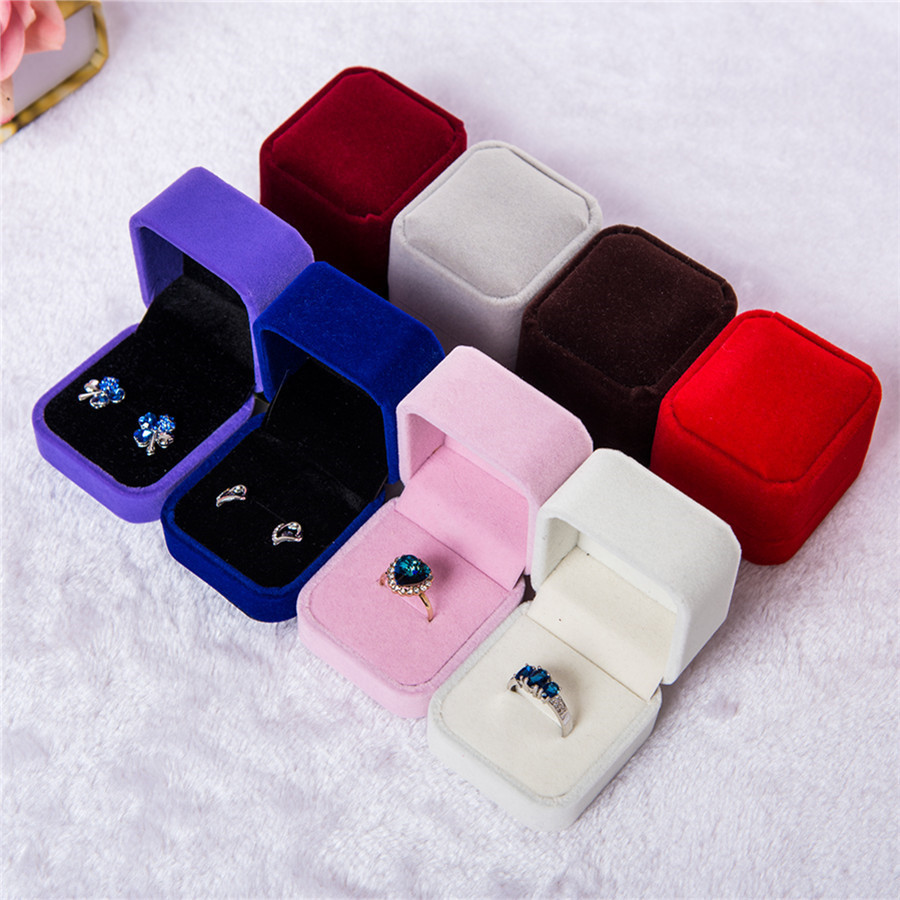 Luxury Jewelry Gift Box Square Velvet Women Earrings Rings Jewelry Packaging Display Portable Travel Case Wedding Bridal Boxes цена