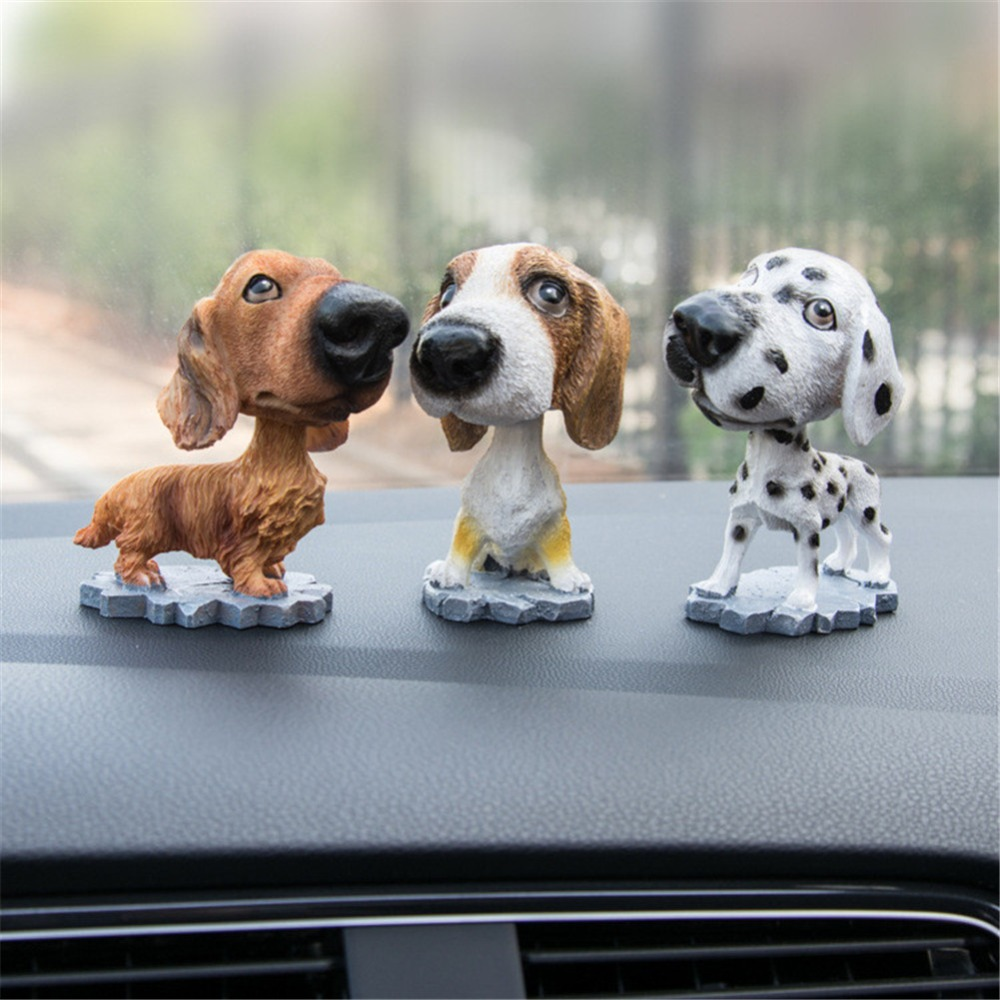 Decoration Car Ornaments Resin Interior Accessories Auto Shaking Head Toy Bobble Head Doll Car Dashboard Nodding Dog Car-styling Ornaments Interior Accessories