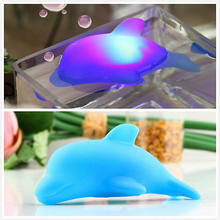 Bayi Anak Bath Toy LED Berkedip Dolphin Cahaya Lampu Multi Warna 1 pcs Biru Hadiah 2018(China)