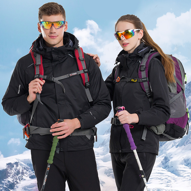 Autumn winter breathable wear resistant outdoor jacket couple models thick waterproof detachable fleece climbing clothing