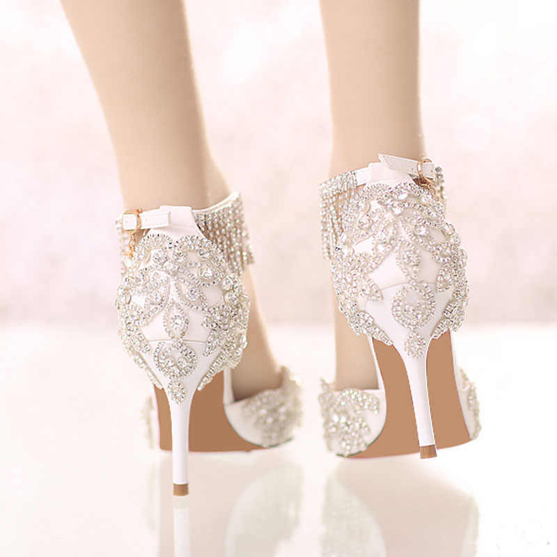 6e82c7fa14021 Carollabelly Shoes Women Fashion White Wedding Pumps Sweet White Flower  Lace Crystal Pointed Toe High-heeled Wedding Shoes