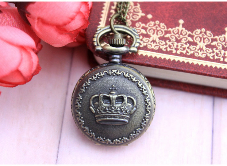 Retro Pocket Watch Flip Necklace Quartz Watch Male And Female Children Student Watch Birthday Gift Drop Shipping old antique bronze doctor who theme quartz pendant pocket watch with chain necklace free shipping