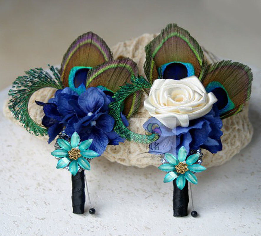 Elegant 5Pcs Groom Boutonniere Best Man Buttonholes HandMade Peacock Feather Flower Men Suit Corsage Accessoies Wedding Supplies In Artificial Dried