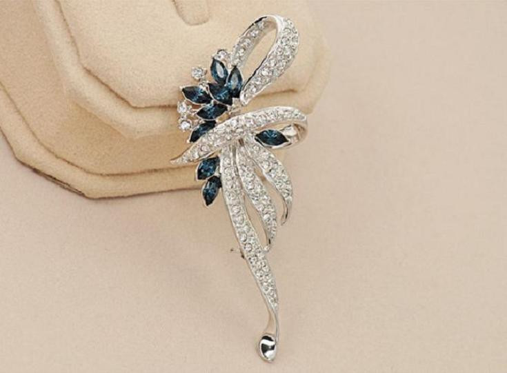 SHUANGR Luxury Crystal Flower Brooch Lapel Pin Rhinestone Jewelry Women Wedding Hijab Pins Large Brooches For Women brooches 12
