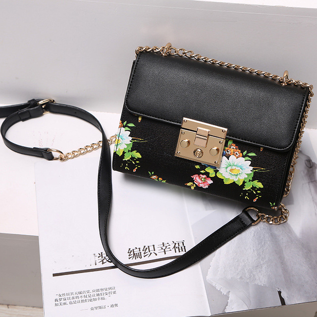 c691561179b US $20.09 49% OFF|Winmax Women Floral Crossbody Bag Ladies Fashion Casual  Clutch Hand bags for Girls Beautiful Female Chain Shoulder Messenger Bag-in  ...