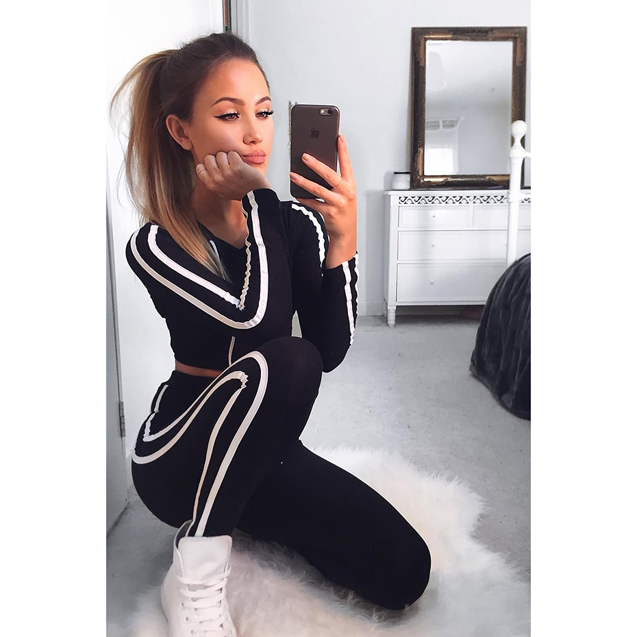 Zogaa Casual Long Sleeve Women Two Pieces Set Streetwear Sexy Hoodie Crop Top and Skinny Pants Solid Patchwork Sexy Tracksuits