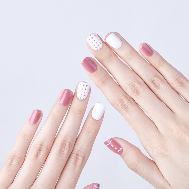 24pcsset Cute Girls Pink White Nail Art Decoration Short Pre Design