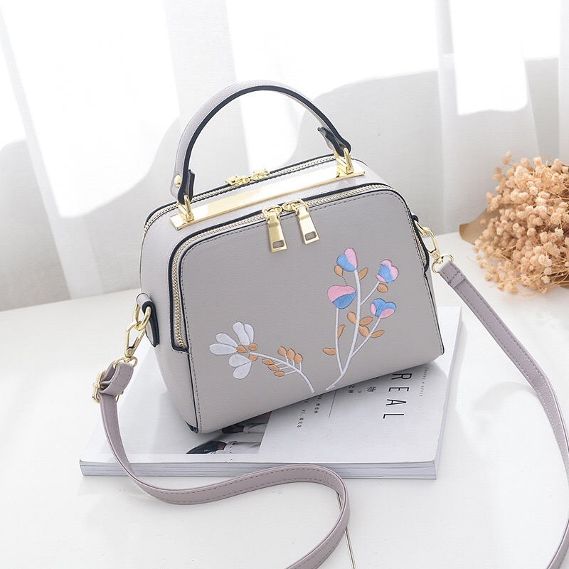 2017 Women Handbag PU Leather Ladies Bag Designer Handbags high Quality Small Bag Women Shoulder Bag With Floral Pattern Quilted