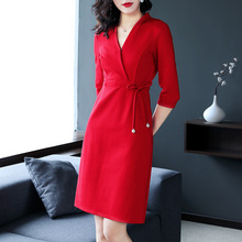 Red Dress Women Autumn Fashion 2018 V-neck Three Quarter Sleeves Lace-up Belt Slim A-line Solid Colour Dress Knee Length S-XL недорого