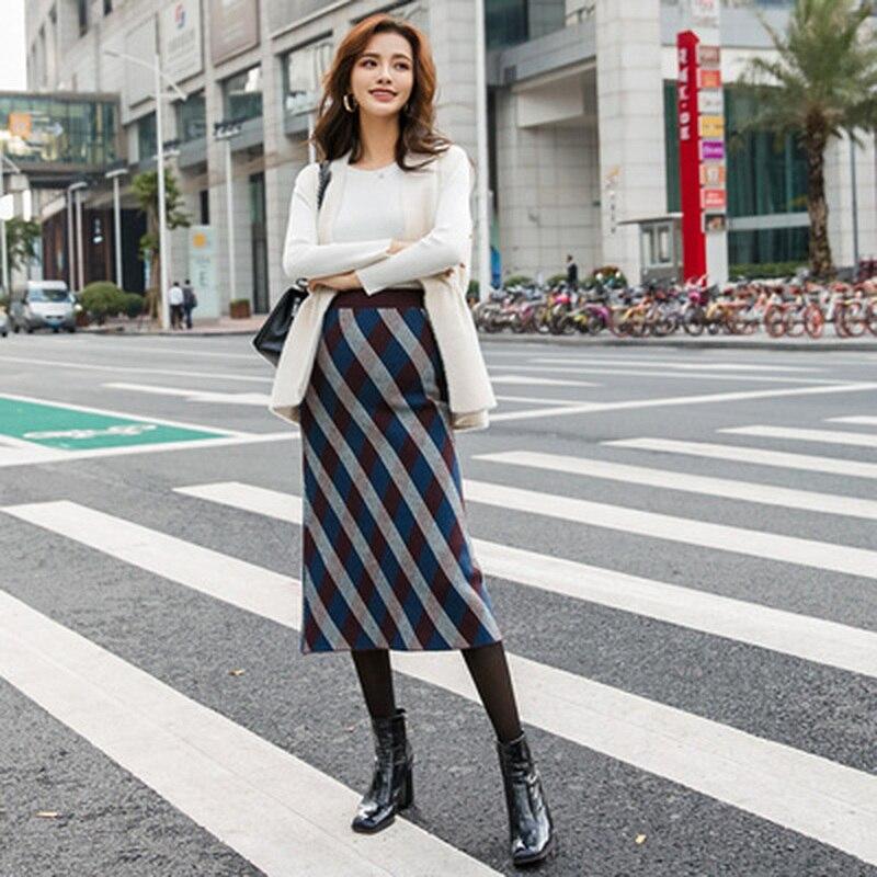 Korean Fashion Plaid Maternity Skirts Autumn Winter Elastic Waist Belly A Line Loose Skirts For Pregnant Womon Pregnancy Skirt