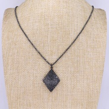 b2a4422390b2 5 filamentos Rhombus forma colgantes collar al por mayor joyería traje  joyería 32