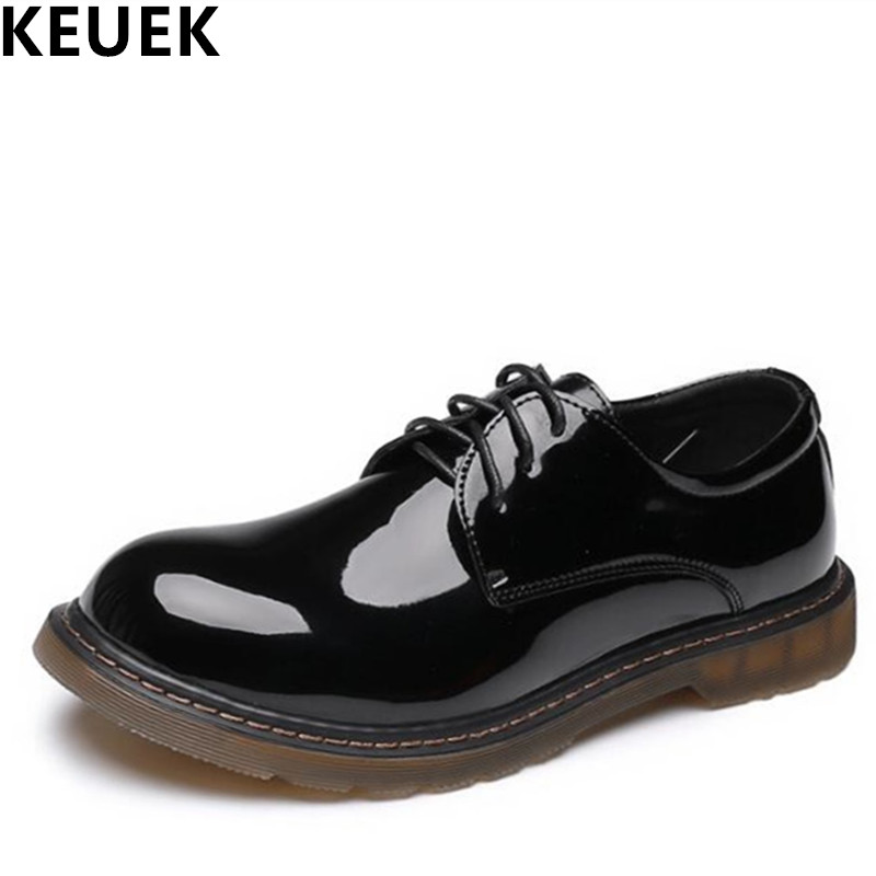Large size Men leather shoes Lace Up Fashion popular Male flats England style Thick outsole Tooling