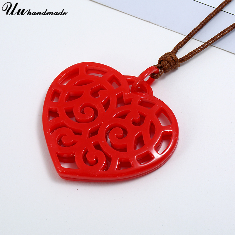 New Acrylic Heart Leather Statement Necklace Women Pendant Choker Kolye Jewelry Collares Colar Boho Harajuku Collier Femme Colar