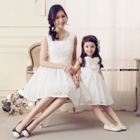2015 Korean Family Fashion Matching Mother Daughter Clothes Lace Sleevelessmom And Daughter Dress