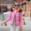 M-3XL 9 cores 2015 Novo casaco de Inverno CURTO Mulheres jaqueta de algodão de Moda plus size Espessamento Fino Zipper casaco Quente das mulheres & Parkas