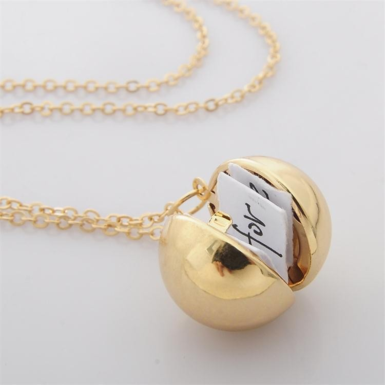 Unique Design Ball  Shaped Secret Message Pendant Necklace Photo Frame Locket Choker Necklace Best Wishes Friend Couple Jewelry locket