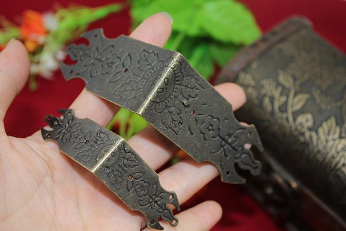 Aliexpress Com Buy 44 44 12mm 20pcs Carved Antique Furniture Hardware Jewelry Wooden Box Corner Decorative Box Wrap Angle Cabinet Edge Corners From