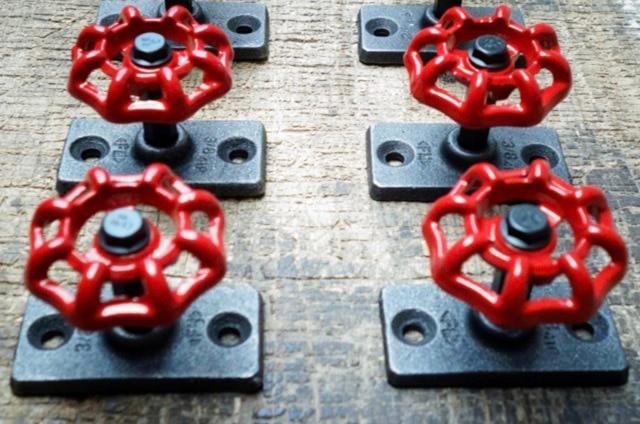 4 PZ/SET 7x5x5 cm Industriale retro steam valvola gancio